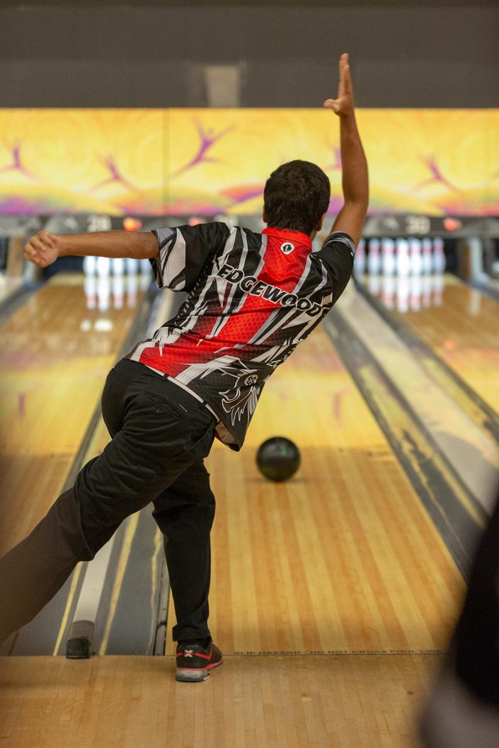 Andrew Tucker Photography - man playing bowling
