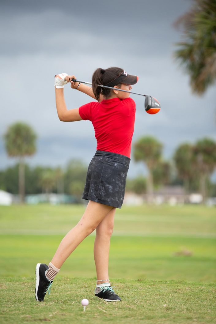 Andrew Tucker Photography - woman playing golf